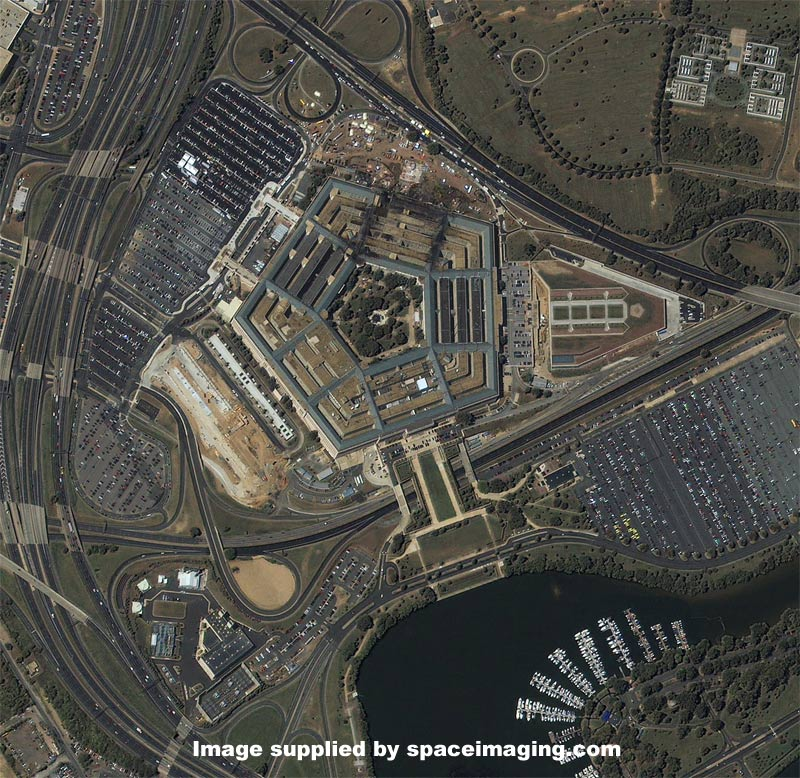 aerial photograph of the pentagon at 1146 am edt on sept 12 2001 mapscom